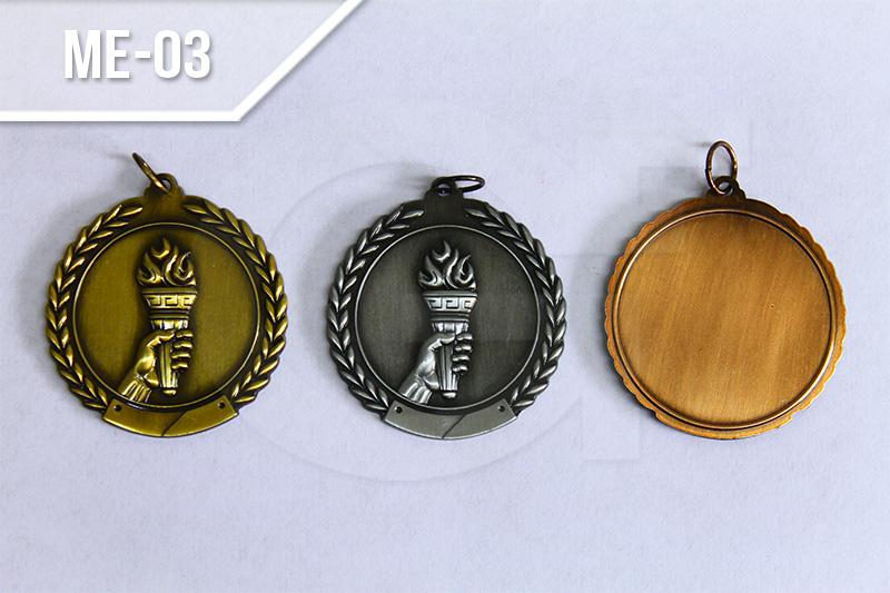 Medallas deportivas en medellín Medallas en Zamak Oro , playa y bronce.