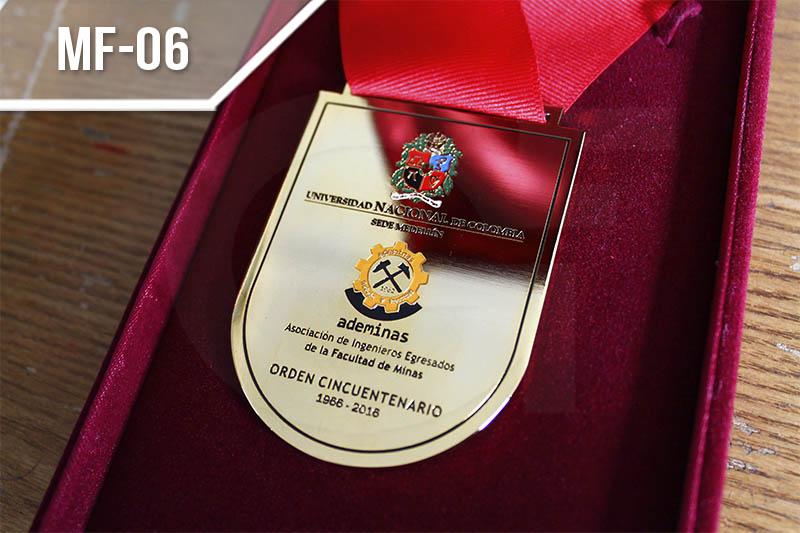 Medallas personalizadas exclusivas fotograbadas en Medellín