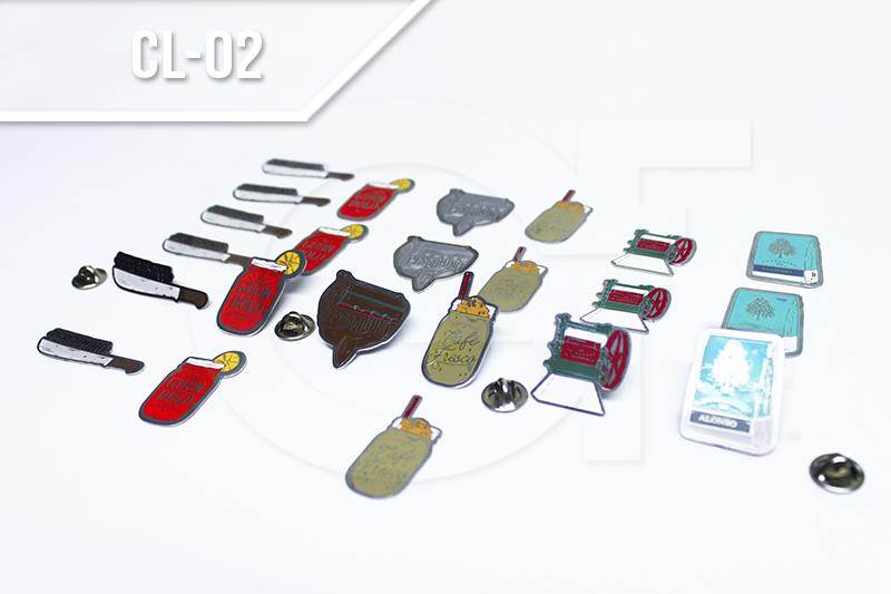 Escudos de solapa personalizados en Medellin