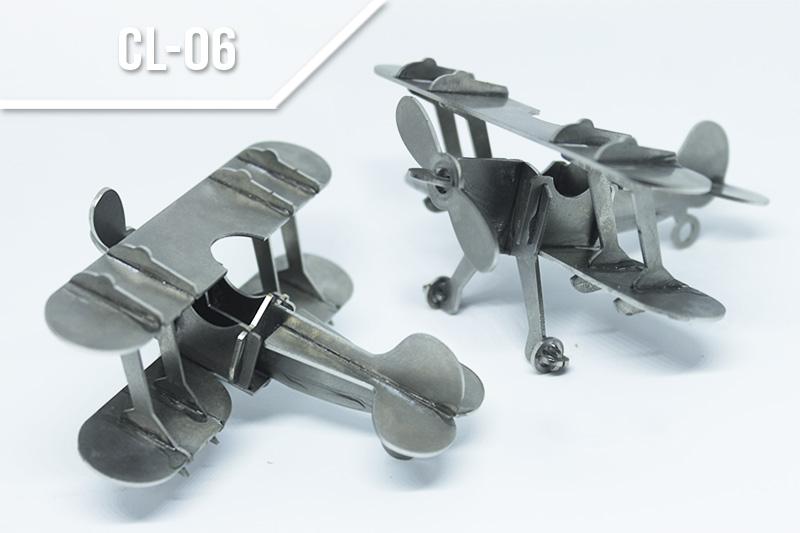 Servicio de corte láser en metales en medellín - Avión en acero